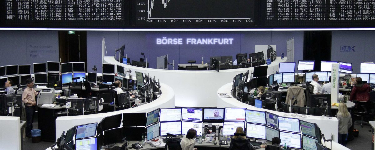 European shares fall amid US-China trade concerns, despite NAFTA optimism