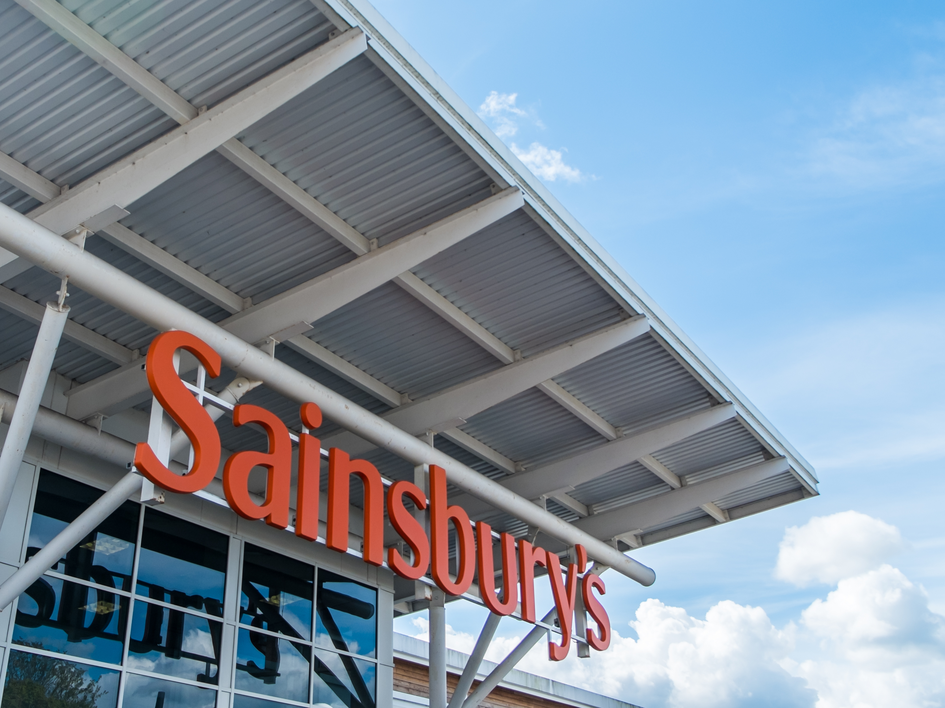 Sainsbury's share price rises as firm denies CEO replacement rumours