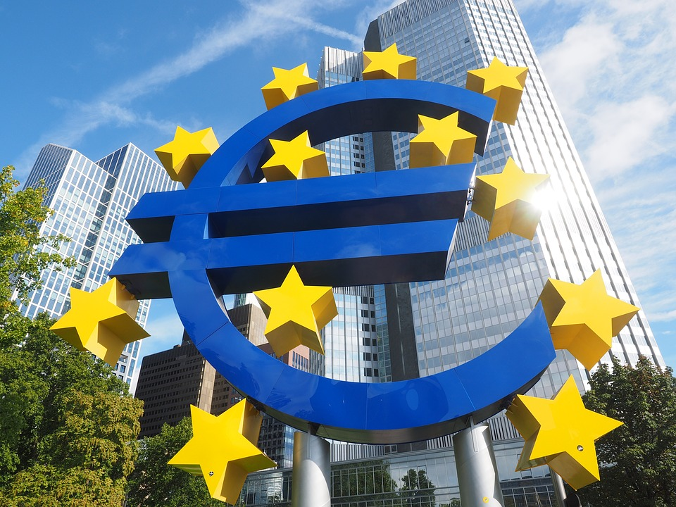 EUR/USD Hits A 34-Month Low On Renewed Dollar Demand
