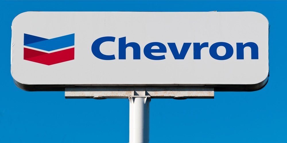 Chevron suspends share repurchase and cuts spending in 2020 on global oil price crash