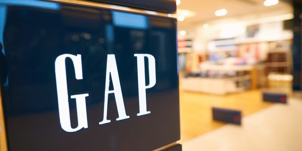 GAP Stock Price Plunges 10% As Moody's Downgraded the Stock to Junk