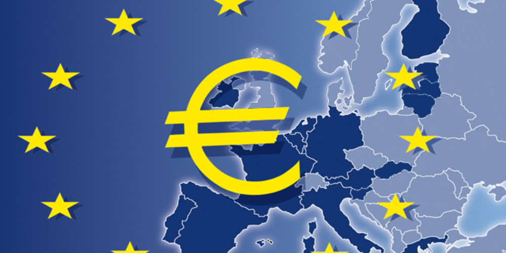 EUR/USD hold gains as Eurozone manufacturing PMI ticks up