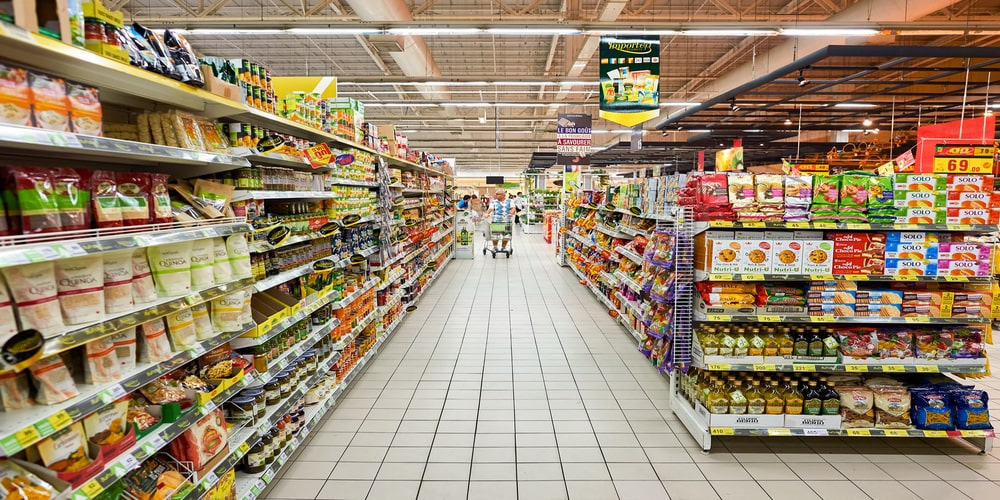 U.S grocers hire thousands of new workers to sustain operations amidst the Coronavirus crisis