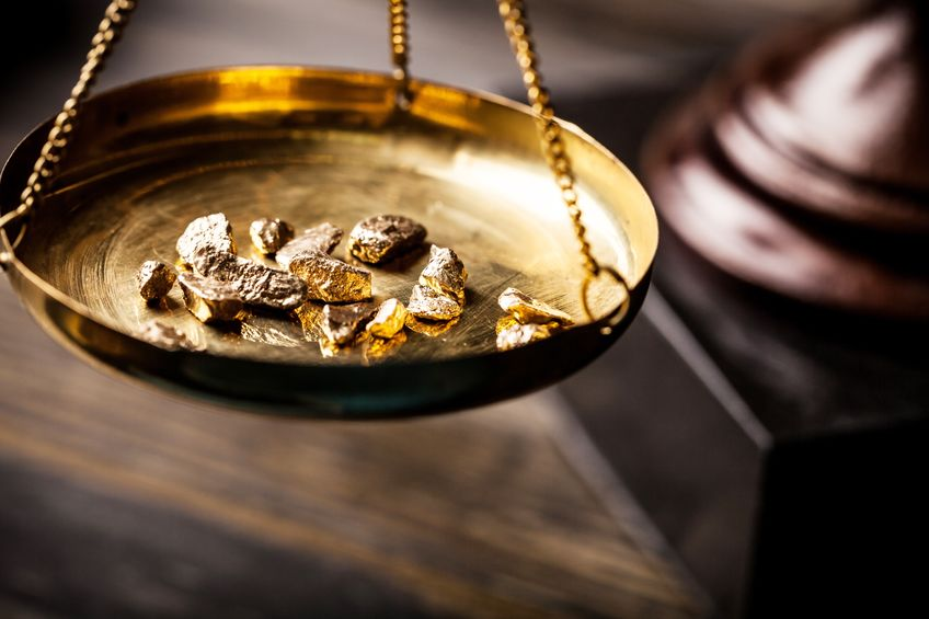 Gold price loses its shine as US dollar retains strength