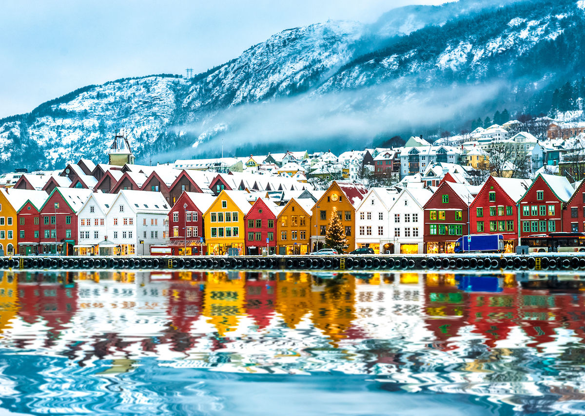 Norwegian krone momentum continues on Norges bank actions