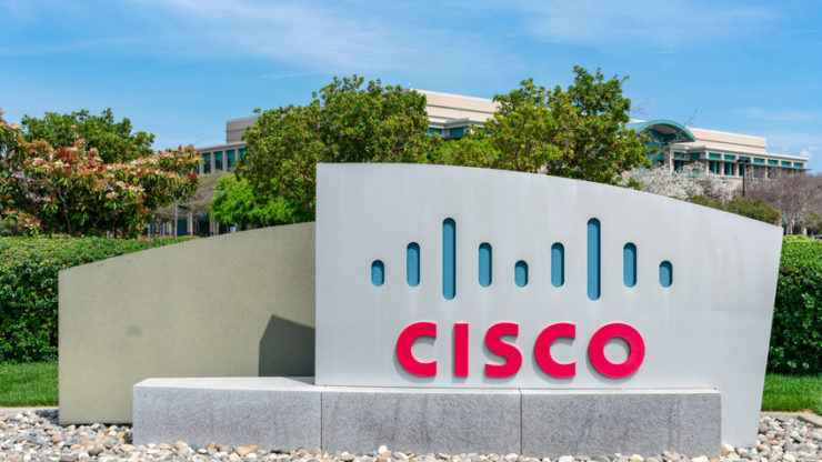 Cisco stock price surges 6% on earnings beat