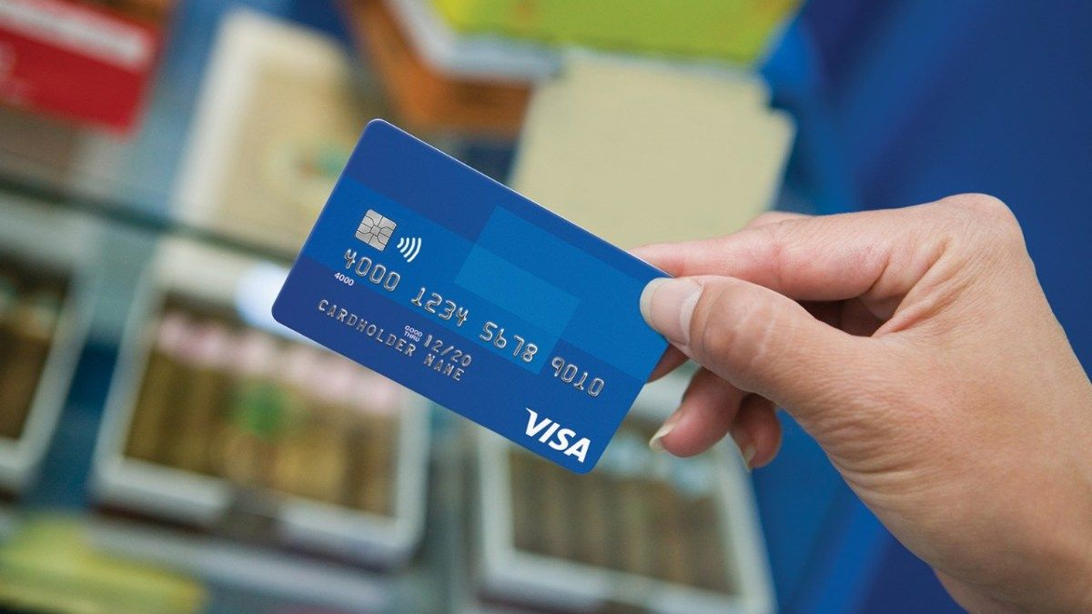 Visa Stock Price Drops 5% On Declines in Payments Volume