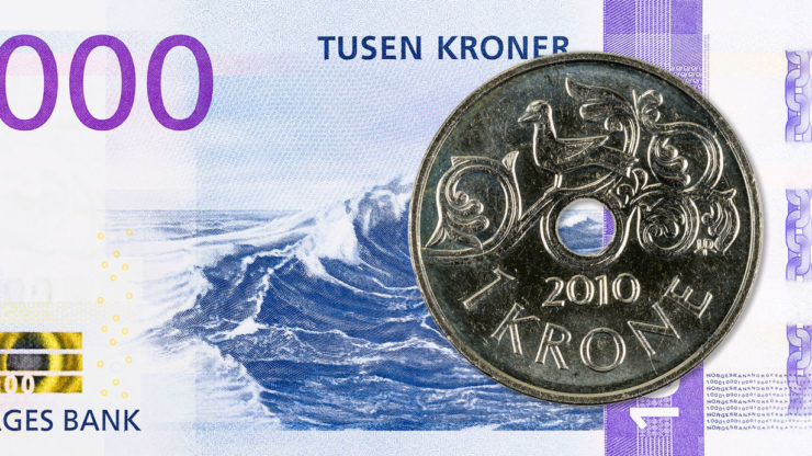 USD/NOK darts higher after crude oil price suffers a harsh reversal