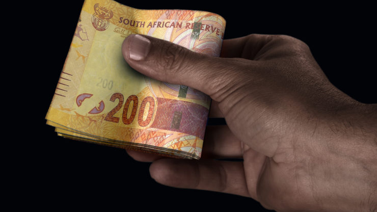 USD/ZAR: Soaring South African rand on edge as S&P issues a blistering warning